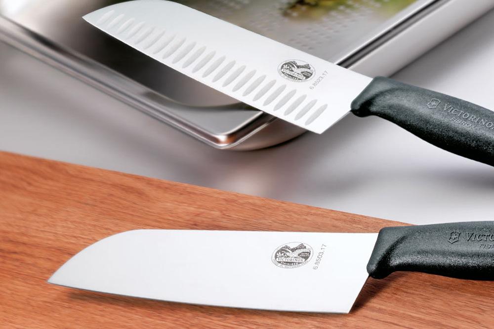 Distributeur couteaux Victorinox